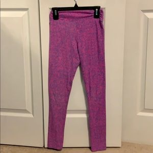 LuLaRoe Tween pink leggings with blue swirls